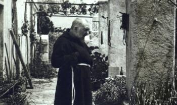 Padre Pio e la proprietà: il Settimo e il Decimo Comandamento