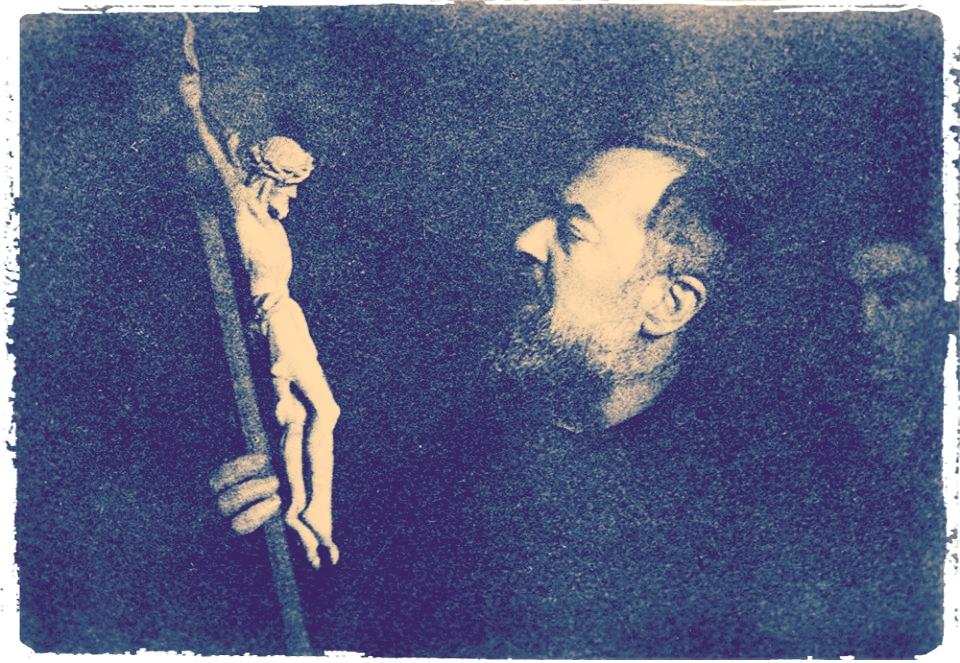 Nel centenario delle Stimmate di Padre Pio…